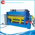 Máquina de aplanamiento de rendimiento confiable con corte automático y dispositivo de corte