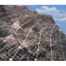 2015 Hochwertiger Stahl-Pistenschutz Net Rolled Cable Net