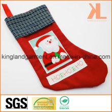Качественная вышивка / аппликация Новогоднее украшение Santa in Window Stocking