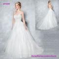 Layered Tüll Ballkleid Brautkleid mit glitzernden und glamourösen Schatz Mieder Features eine zarte Iilusion zurück und Knöpfe