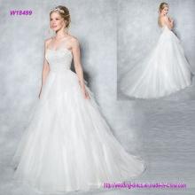 Слоистых тюль бальное платье свадебное платье с сверкающие и гламурные милая лиф имеет тонкий обман зрения обратно и кнопки