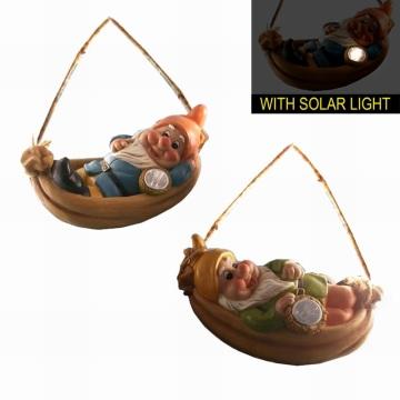 Enano lindo con la luz solar Decoración colgante del gnomo del jardín de Polyresin