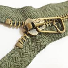 2016 Big Teeth Metal Zipper for Garments