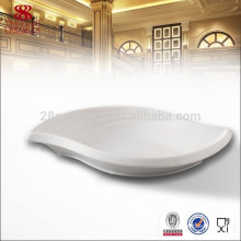 Wholesale hotel crockery items, leaf shape china plate