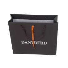 Bolsas de papel con laminación brillante
