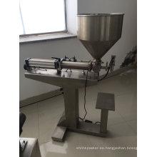 Máquina de rellenar líquida semiautomática pequeña del precio bajo