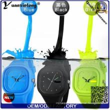 Yxl-107 2016 желе силиконовые часы, часы женщины дамы конфеты Цвет платье наручные часы Спорт свободного покроя мужские часы подарок