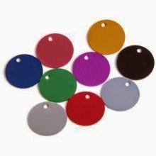 Médailles pour chiens de forme ronde en métal en gros pour chiens (xd-08256)