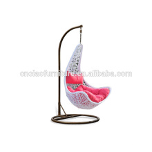 Maple Leaf Patio Rattan Hanging Swing Chair con soporte