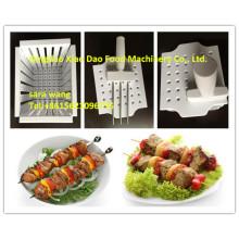 Pinchos de Kebab que hacen la caja / el Bbq que hace la caja