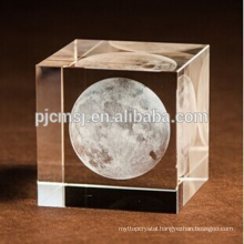 2017 cheap customized 3D Laser Crystal glass Cube