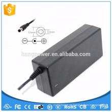 12V 5A Adaptador de CC de la CA 12 voltios fuente de alimentación de 5 amperios 12 voltios voltaje constante de 5 amperios conductor actual de la corriente LED