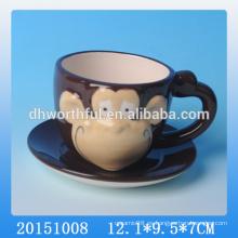 Taza y platillo de cerámica de cerámica encantadora del mono, taza y platillo de cerámica hechos a mano del té, mini taza y platillo