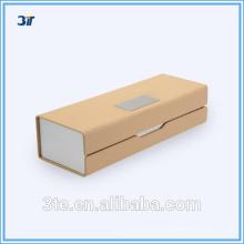 Caja óptica de cuero metálico
