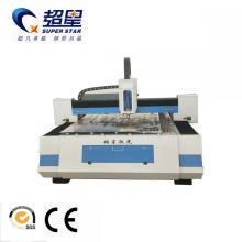 Máquina de corte de fibra de acero al carbono con fuente de fibra.