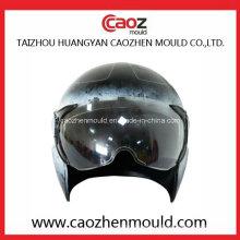 Пластмассовый шлем и козырек для мотоциклов