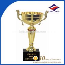 Fábrica china Trofeo de oro decorativo especial de encargo
