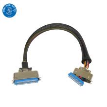 Montagem de cabos personalizados de comunicação