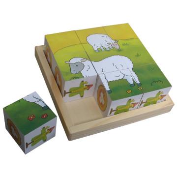 Rompecabezas educativo del cubo de madera de madera Juguetes de madera en una bandeja