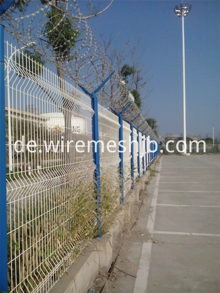 Grüne Farbe geschweißte Maschendrahtzaun Netting China Hersteller