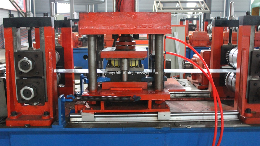 8MF Electric Cabinet Frame Forming Machine