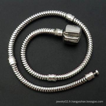 Chaîne à bracelet en cuir aux trois côtés européens
