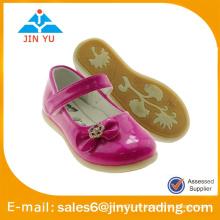 Zapatos de la princesa del modelo de manera para las muchachas