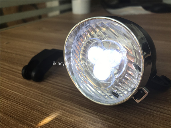 Bike light with battery