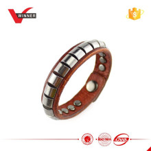 2015 Custom Metal Studs Women Bracelet