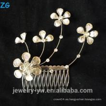 El oro de la alta calidad plateó los peines elegantes del pelo del metal de los peines nupciales de la flor afortunada