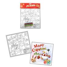 Kinderweihnachtsdesignmalereipuzzlespielpuzzlespiel kreatives Puzzlespiel