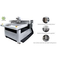 Digital cutting system cardboard cutter