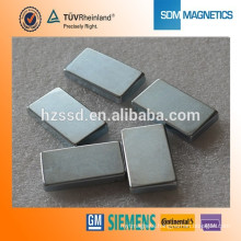 Super strong permanent block magnet