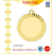 Shinny gold round plate charm pendants keychain metal
