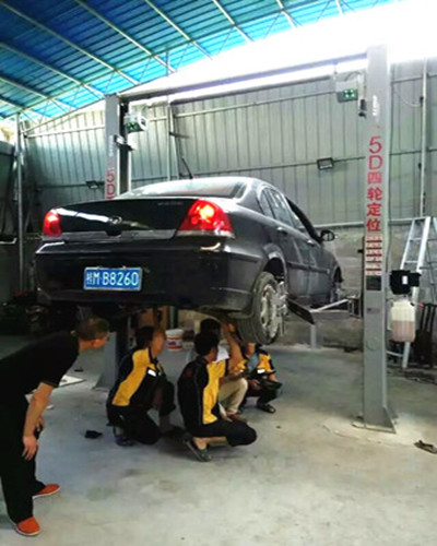 Smart Wheel Alignment Equipment