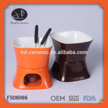 Conjunto de fondue de cerámica oem, fondue de barro con fork, fondue de chocolate de cerámica con color blanco sólido