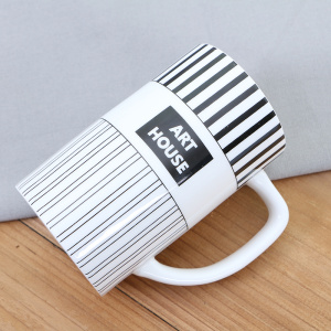 Fashion Striped Design Ceramic Cup