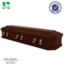 tradicional caixão antigo