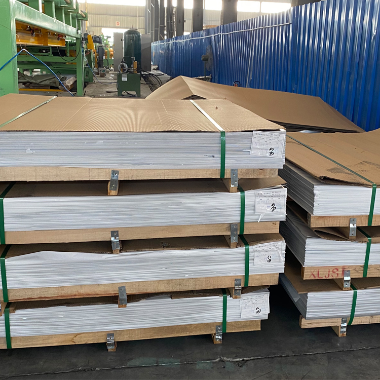 ss plate on pallet
