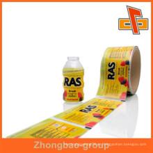 Acepte la orden de encargo hecha en China Rollos de película plásticos del PVC del OEM para las botellas de la bebida con su propia insignia