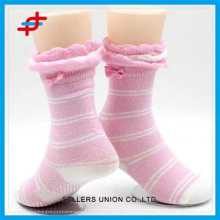 2015 Cute Pink Color Stripe Pattern Anti-slip Socks For Young Girls