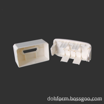 Moulage par injection en plastique de conception client pour les pièces électroniques
