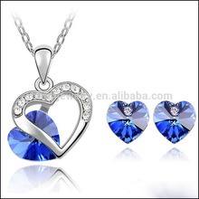 Loved Heart Jewelry Set Echtes Element Austrian Crystal Halskette Ohrring Set ST019