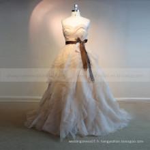 Graceful Sweet Heart Sans manches Ruffle ORG Sash Robe de mariée Chapel Train