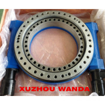 Dual Worm/WANDA SE17 Slewing Drive With Motor