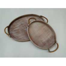 Plato ovalado de madera con yute