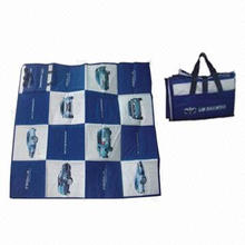 Foldable beach mat with newly-designed pictures, various colors are available