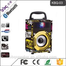 КБК-03 600 мАч строить-в Bluetooth батареи 3-дюймовый портативный мини-динамик с FM-радио