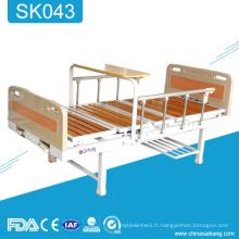 SK043 a ajusté le lit fonctionnel manuel d'hôpital de double manivelle