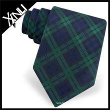 Cravate en soie tissée à carreaux verts